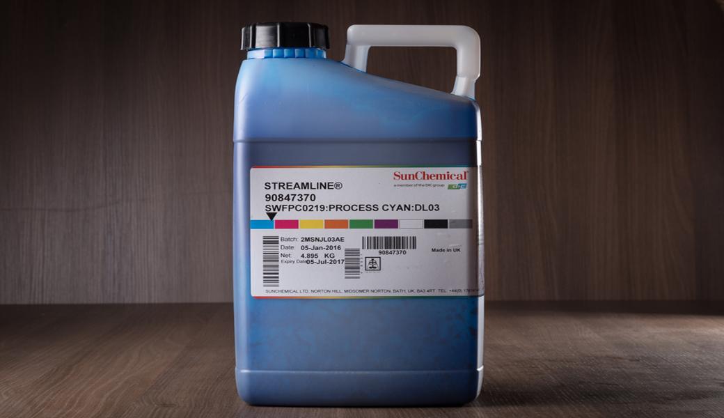 <p>Zamenske solventne boje za veliki broj solventnih štampača velikog i super-velikog formata.</p>