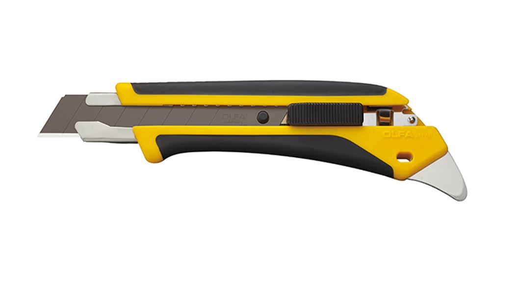 <p>Heavy Duty skalpel sa komfornom drškom sa automatskim zaključavanjem noža. Poseduje ugrađenu metalnu ivicu za višenamenske aplikacije.</p>
