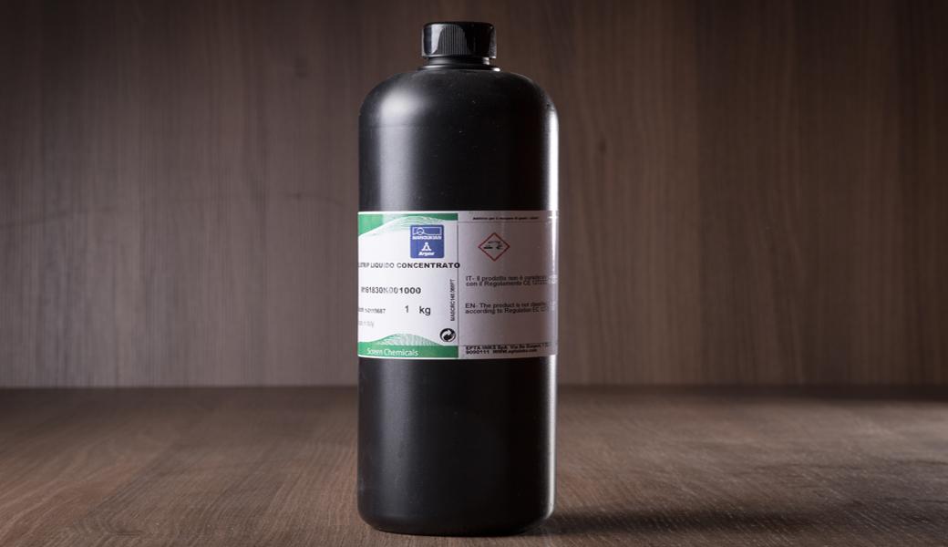 <p>ARGON Polistrip koncentrovani rastvor za pranje ravnih i cilindričnih sita.</p>