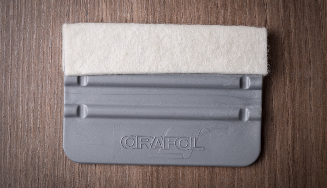 <p>ORAFOL kombirakel pločica sa filcom za mekši kontakt sa folijom</p>
