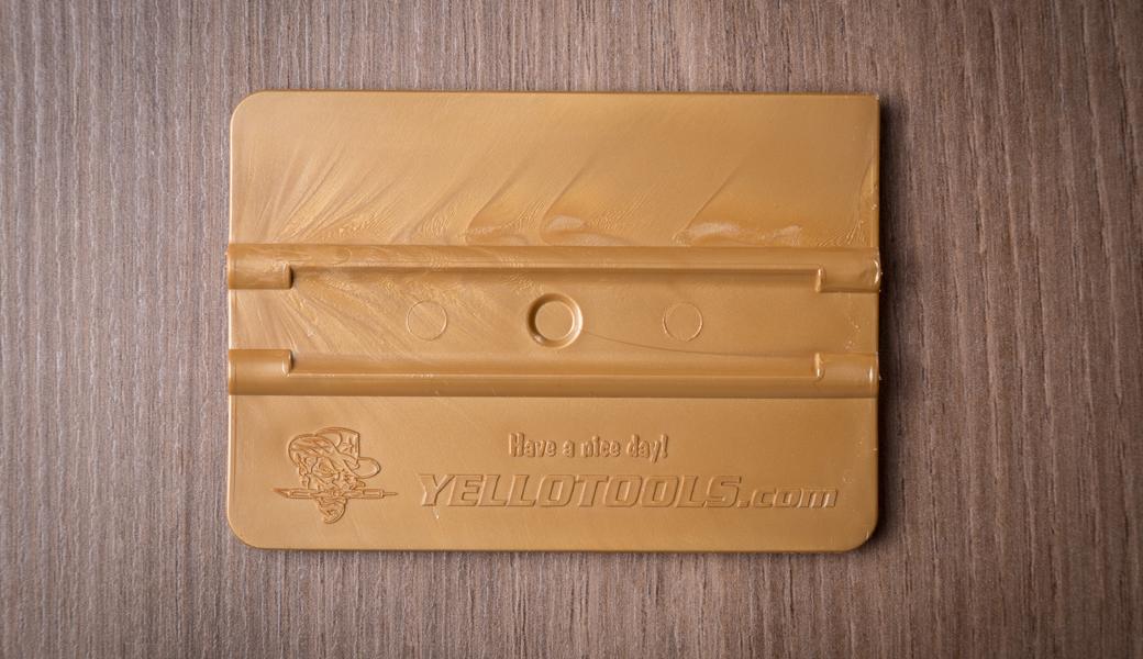 <p>Yellotools 4″ Basic rakel sa šupljinom za bolje rukovanje i rupicom za centriranje.</p>