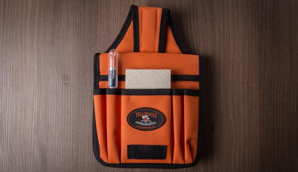 <p>Torbica za nošenje alata oko pojasa za profesionalne firmopisce sa 8 različitih džepova.</p>