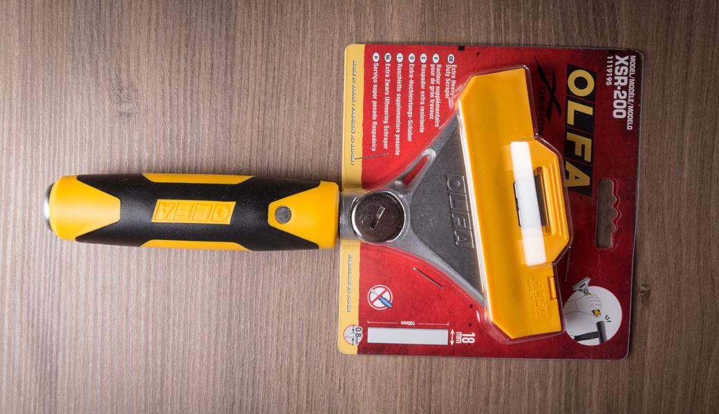 <p>X-dizajn, heavy duty strugač dužine 200mm dolazi sa sečivom 100mm širine i 0.8mm debljine.</p>