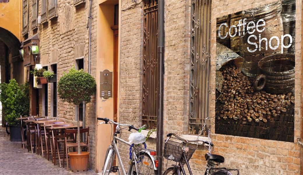 <p>Samolepljiva CAST PVC folija za fasade sa trajnim sivim lepkom</p>