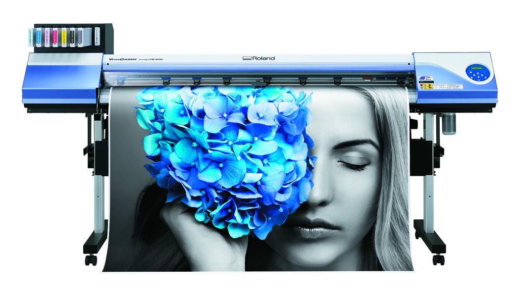 <p>VersaCAMM, je jedan od najpopularnijih inkjet eko solventnih štampača velikog formata za štampu natpisa i postojane grafike među korisnicima širom sveta, koji je u svojoj novoj verziji VS-i unapređen novim superiornim mogućnostima, sa kojima se izašlo u susret potrebama grafičara profesionalaca.</p>