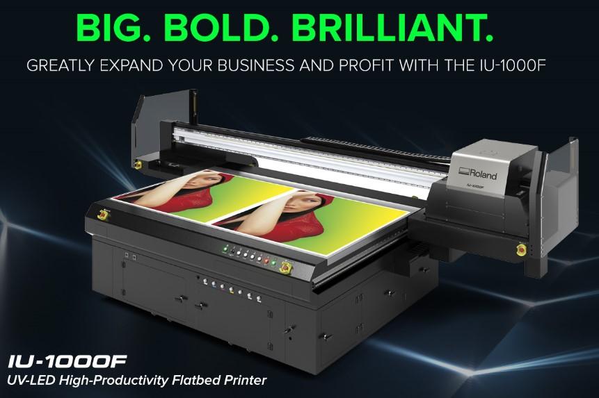 <p>Za najvišu produkciju i neograničene mogućnosti štampe, IU-1000F UV LED fletbed printer donosi brzinu, super-preciznu reprodukciju boje i kreativne ekspresije printa koje vaši kupci traže, na zahtev.</p>