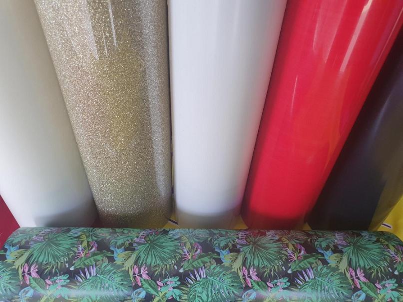 <p>Miniset najkvalitetnijih folija za tekstil na trzištu!</p> <p><span lang=